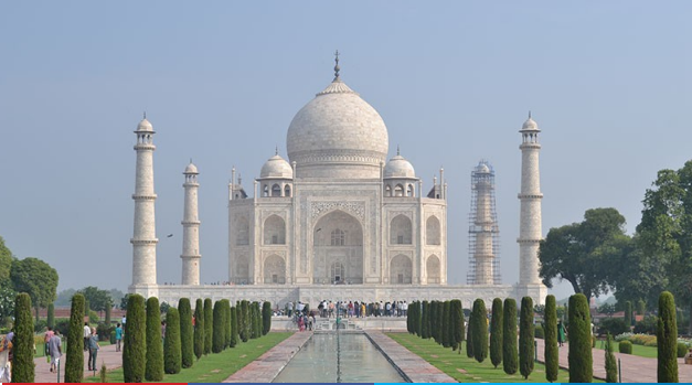 Beautiful White Marble Architect place Taj Mahal Inside : Best Travel