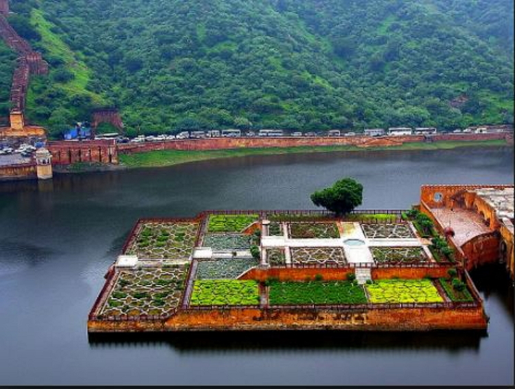 Beauty of Place Saffron gardens in Maota Lake,Jaipur