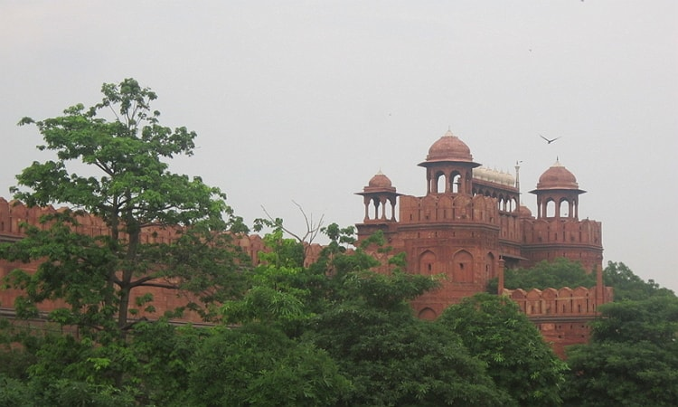 Attraction of colorful Red Fort Delhi