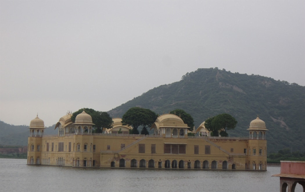 Attracking and cool place at Jal Mahal Jaipur Rajasthan