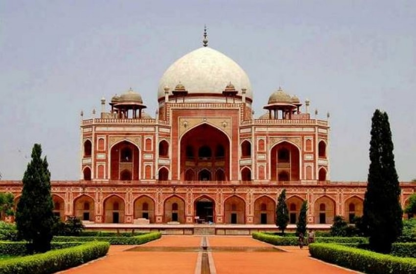 Nice of view Humayun's Tomb Complex in Delhi, India.