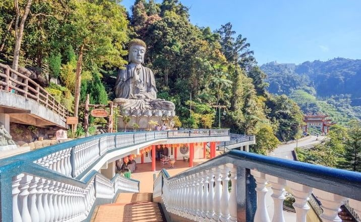 The Chin Swee Caves Temple is arrange in the most beautiful site of Genting Highlands