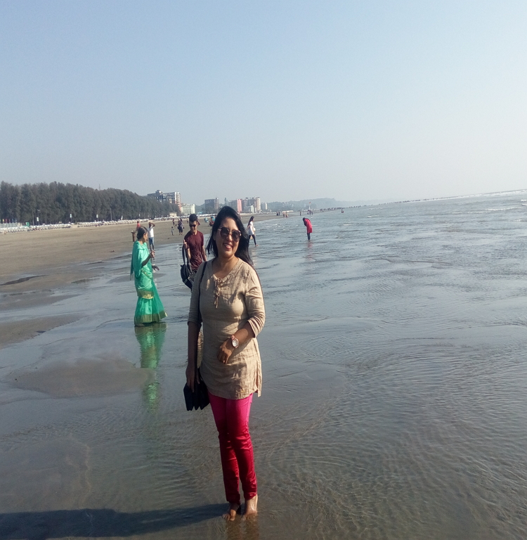 Visit to travel Cox's Bazar. It is one of the most popular natural sandy Sea beach in Bangladesh