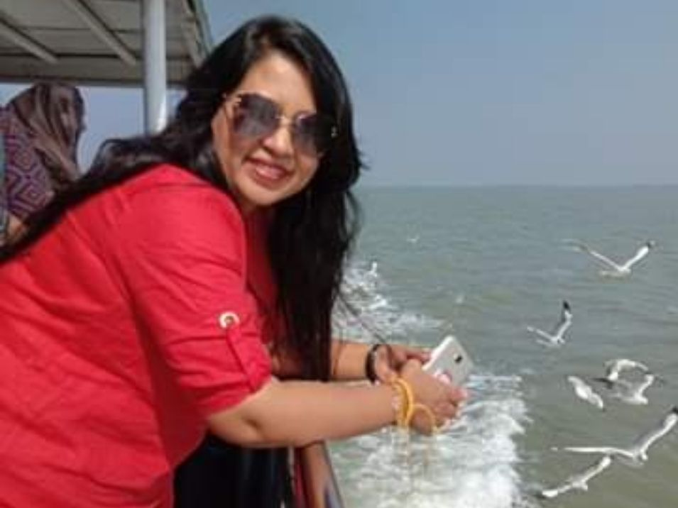 Saint Martin Island can be reach by boat or ships from Cox Bazar and Teknaf.